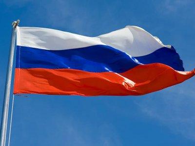 Грузовики с товарами первой необходимости и лекарствами, въезжающие в Россию, будут обслуживаться вне очереди