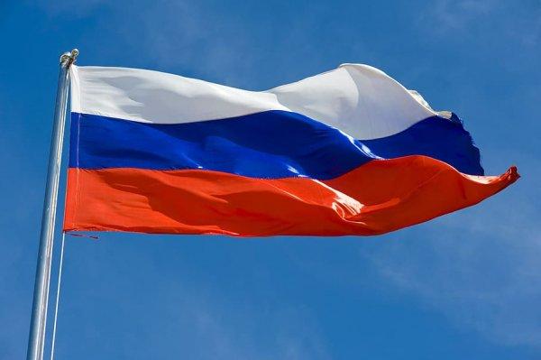 Грузовики с товарами первой необходимости и лекарствами, въезжающие в Россию, будут обслуживаться вн