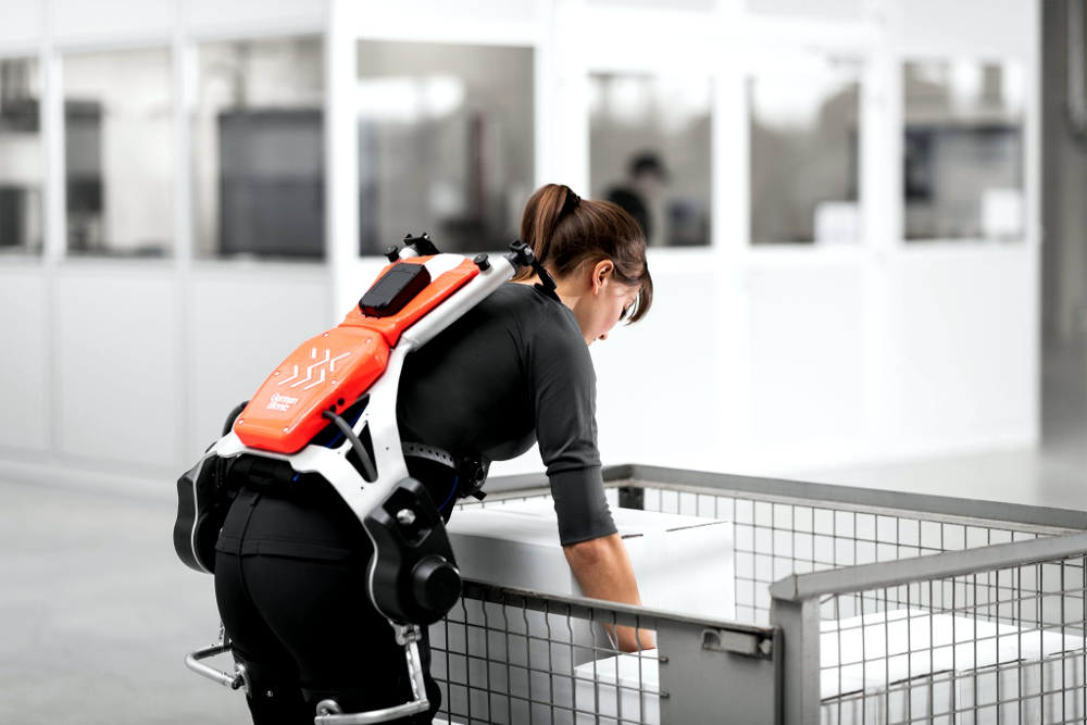Cum pot fi folosite echipamentele Exoskeleton în depozite?