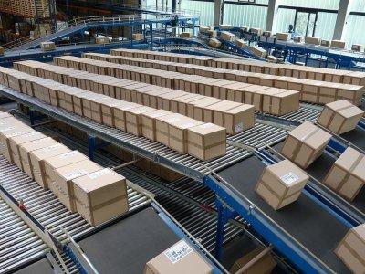 Per karantiną ypač išaugo pašto paslaugų ir siuntų mastas