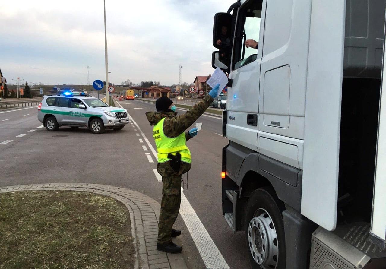 Kierowcy ciężarówek wśród zwolnionych z narodowej kwarantanny