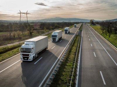 Госдума России разрешила автоперевозчикам страховать ответственность за нарушения договора перевозки