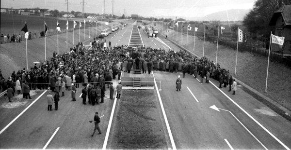 Historia transportu – odc. 109. O tym, ile dróg budowano w Europie podczas motoryzacyjnego boomu