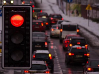 Olanda testează un sistem prin care camioanele nu vor trebui să mai aștepte la semafor