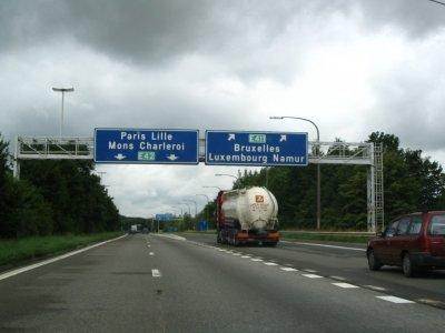 Belgia creşte taxele rutiere în ciuda protestelor transportatorilor