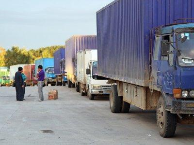 Ograniczenia na chińskiej granicy. Zobacz, jakich zasad muszą przestrzegać kierowcy ciężarówek