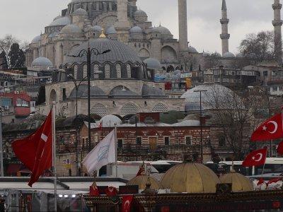 Zmiany w przekraczaniu granicy tureckiej. Zobacz, jak wjechać do Turcji lub przez nią przejechać