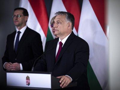 A kormány 450 milliárd forinttal támogatja a beruházásokat, jelentette be Orbán Viktor