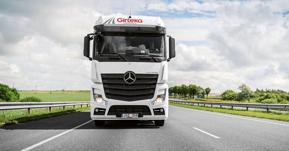 """""""Girteka Logistics"""" pajamos dar labiau priartėjo prie 1 mlrd. Eur, """"Vlantanos"""" – krito iki 187,5 mln."""