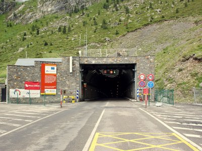 The tunnel on the Spanish-French border to be closed from tonight