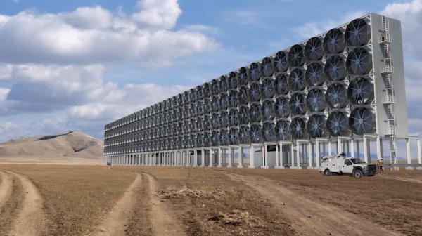 Bill Gates investește în biocombustibil pe bază de…dioxid de carbon