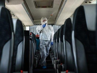 A turizmus újraindulására vírusmentes tisztasági protokollal állnak készen a különjárati buszok