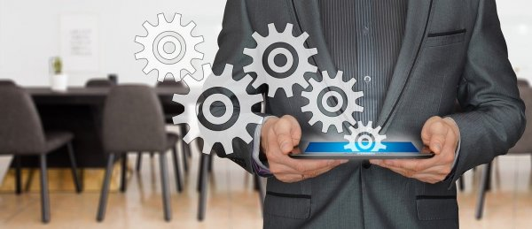 Industry 4.0 & logistics: prioritizing the customer experience