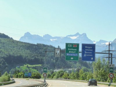 Switzerland amends its traffic regulations. Check what new responsibilities are there for drivers