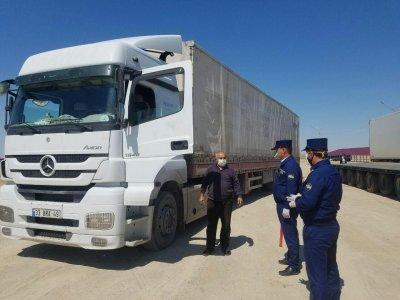Движение грузовых автомобилей в Узбекистане только через некоторые пункты пропуска