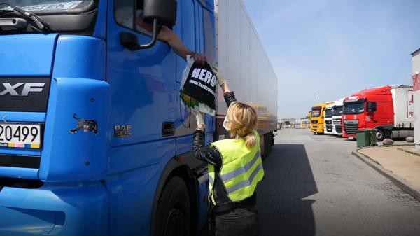 200 darmowych zestawów pomocowych dla kierowców zawodowych. Tak Fundacja Truckers Life wspiera truck