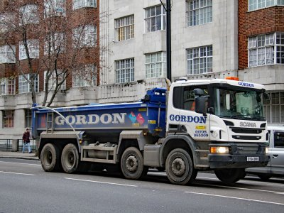 """London Lorry Control Scheme will be back from 1st June. RHA says, """"it's beyond belief"""""""