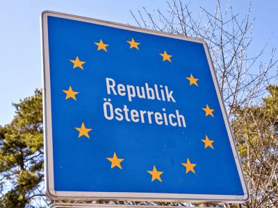 Начало ослабления на границах Австрии и Германии