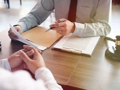 Vykdomos sutarties modifikavimas teismo tvarka. Kada reikalavimas vykdyti sutarties sąlygas gali būti nepateisinamas?