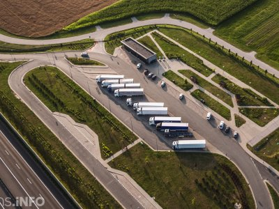 Gruodžio mėnesio eismo sunkvežimių apribojimai. Patikrinkite, kur jie bus taikomi artimiausiomis savaitėmis