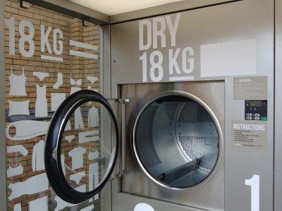Auf diesem Rasthof können LKW-Fahrer ab jetzt auch schnell mal… die Wäsche waschen