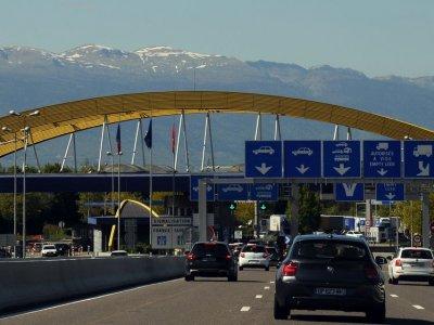 Швейцария вводит изменения в правила дорожного движения. Посмотрите, какие новые обязанности будут у водителей