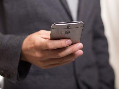 Pobór myta za pomocą telefonu lub tabletu. Wśród szykowanych zmian są kary dla przewoźników