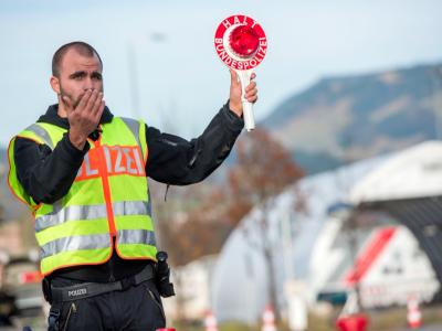 Niemcy i Czesi przedłużają kontrole graniczne