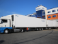 Didžiausio XXL sunkvežimio – šaldytuvo testas. Atspėkite, kiek tilps jame padėklų