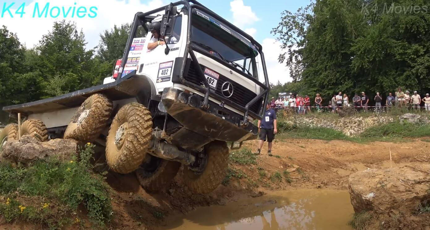 Nagranie z tego rajdu robi wrażenie. Zobacz, jakie przeszkody pokonują ciężarówki na off-roadowych zawodach