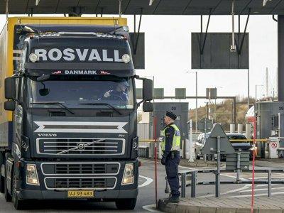 Suedia | Prelungirea perioadei de efectuare a controalelor la frontiere până la 11 mai 2021