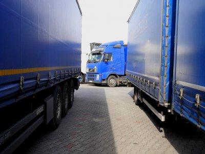Ktoś w końcu spytał kierowców co sądzą o Pakiecie Mobilności. Większość obawia się wzrostu kradzieży ładunków