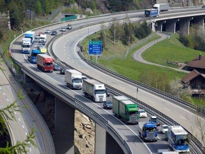 Schweiz: Schwere Nutzfahrzeuge müssen klimafreundlicher werden