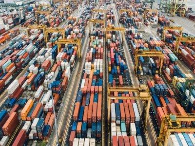 Китайские порты возвращаются к показателям до кризиса. Грузооборот ниже только на 1 проц.