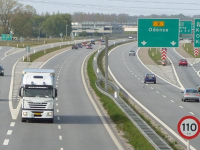 Danemarca aprobă valoarea salariului minim legal pentru șoferi din 2021; legea se aplică și cabotajului