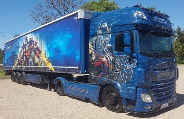 """Ciężarówka """"Transformers"""" z bliska. Zobacz efekt imponującego przedsięwzięcia polskiej firmy"""