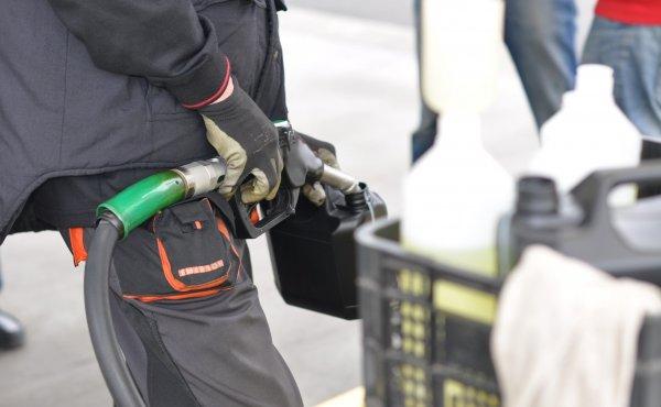 Unia nie ma litości dla kierowców. Kolejny pomysł może wyraźnie podnieść ceny paliw