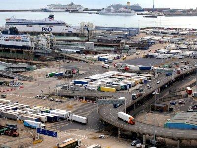 Eurotunel uruchamia narzędzie, które skróci czas odpraw celnych