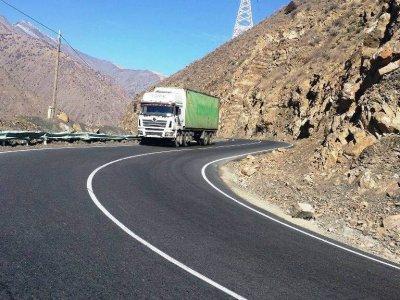 Таджикистан упростил правила въезда международных водителей грузовиков