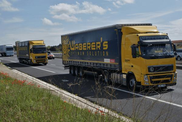 """""""Waberer's"""" keičia savo verslo strategiją. Įgyvendins naują tarptautinio transporto veiklos modelį"""