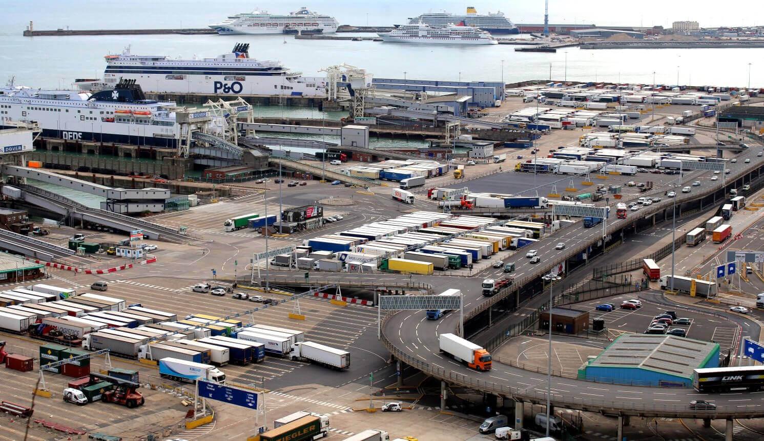 Tymczasowe rozluźnienie czasu pracy kierowców w Wielkiej Brytanii
