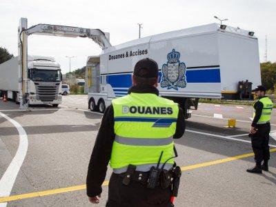 Nou document necesar pentru șoferi la intrarea în Franța