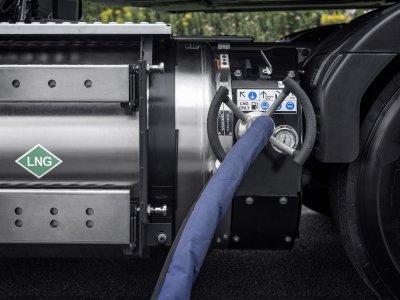 Vokietija pratęsė rinkliavos netaikymą sunkvežimiams su alternatyvia pavara