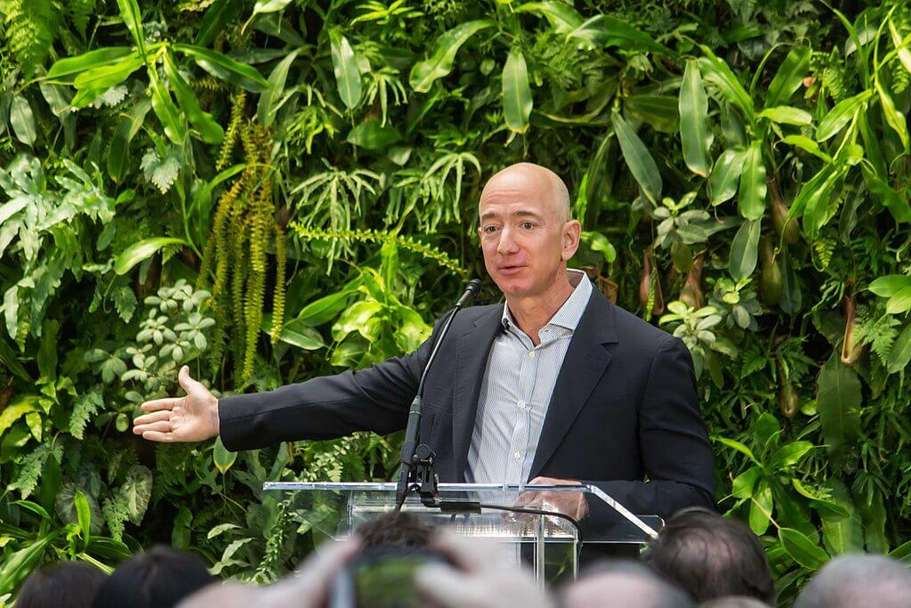 Właściciel Amazona zainwestuje w brytyjską spedycję cyfrową