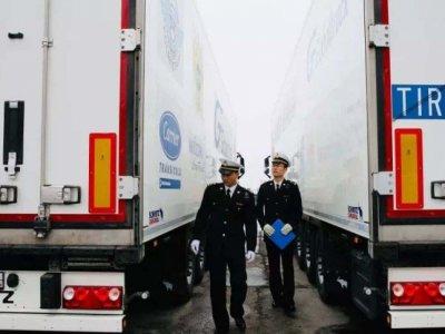 Из Китая запустили регулярные автомобильные перевозки по МДП в Амстердам
