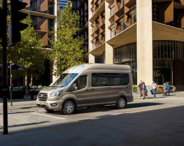 New 10-speed automatic gearbox option for Ford Transits
