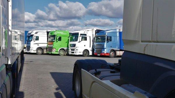 Vasaros laikotarpiu Vokietijoje vėl įsigaliojo sunkvežimių eismo apribojimai