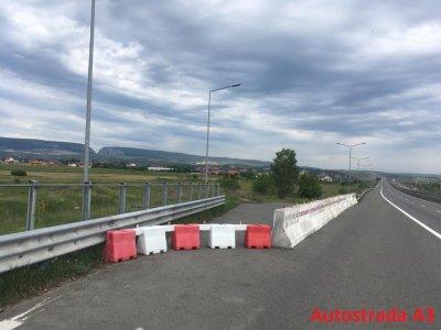 Existența unor spații de odihnă pe autostrăzi ce includ zone de parcare, toalete, benzinării este esențială