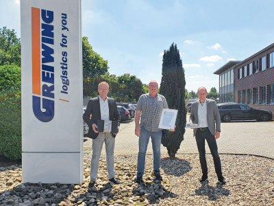 Seit 30 Jahren hinter dem Steuer bei einem Arbeitgeber. GREIWING logistics GmbH feiert das Jubiläum ihres Lkw-Fahrers