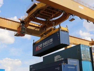 Объем перевозок через Маньчжурию превысил в этом году 10 млн тонн. Это рост на уровне 19 проц.